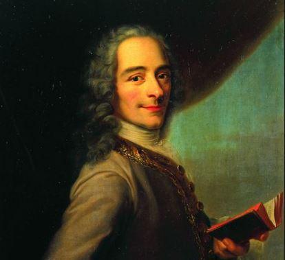 On voit un portrait de Voltaire qui peut illustrer sa biographie car il lit.